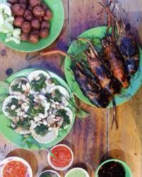 Street food inPham Ngu Lao, Backpacker Street, Saigon