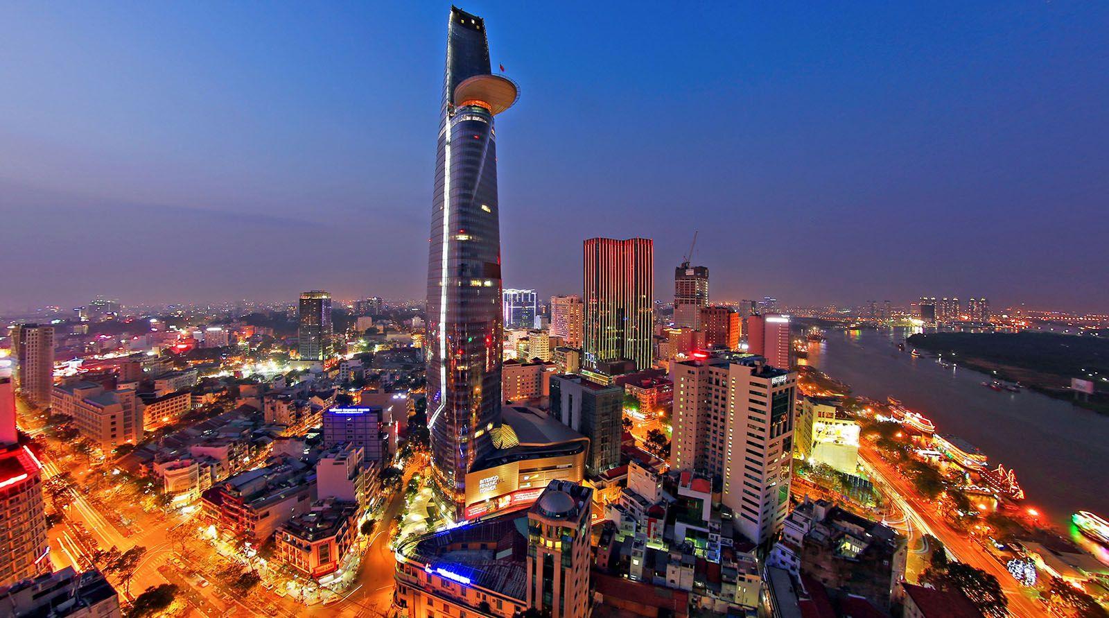 Хошимин Вьетнам ночь огни бесплатно